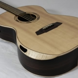 Auditorium Acoustic Guitar Auditotium With Bevel And Ports