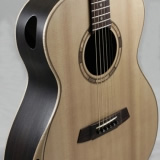 Auditorium Acoustic Guitar Chamfered Shoulder Realwood Auditorium